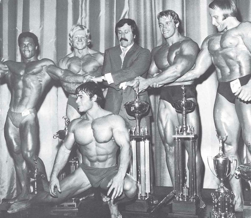 乔·韦德和健美运动员们