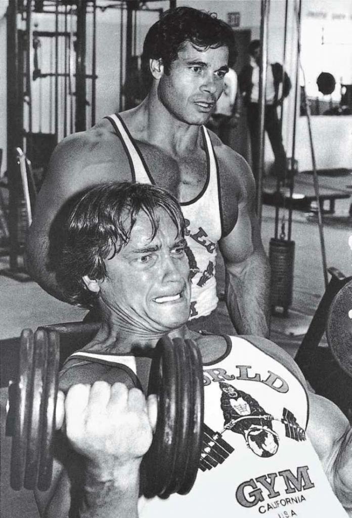 你和你的训练伙伴可以互相补给能量,以达到足够的训练强度,让你超越极限。