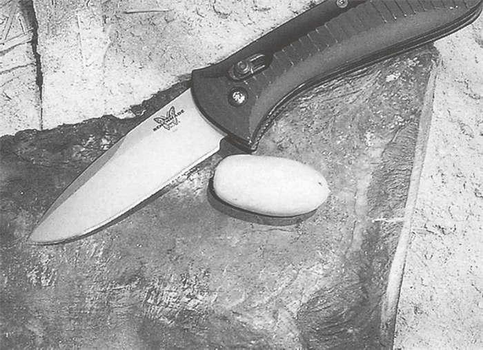 Bench牌刀子的刀柄有自己的专利,它是折叠刀具的新标准