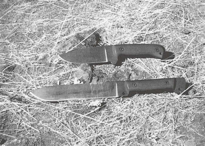 Bill Seigle公司制造的锋利的固定刀刃刀具