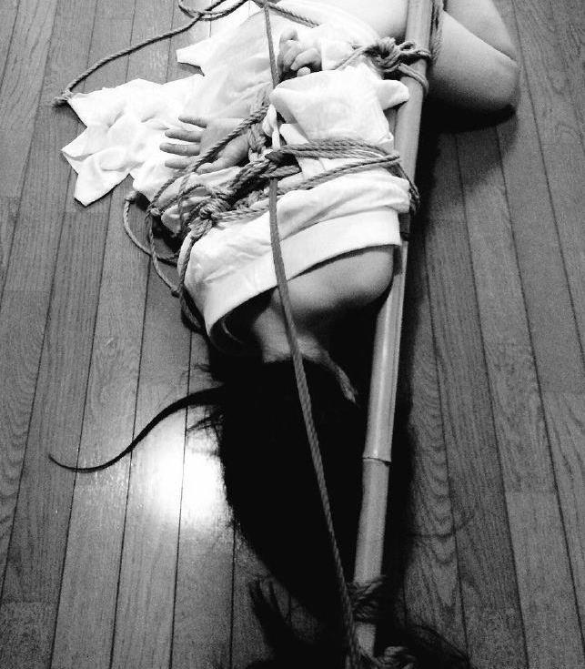 《东京缚音舞》剧照图片来自微博用户绳师48号