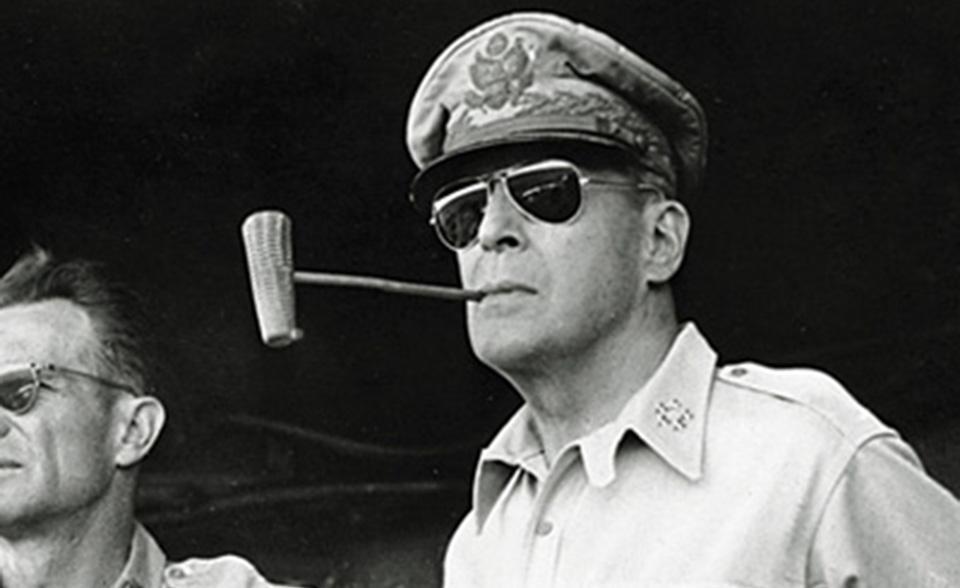麦克亚瑟将军