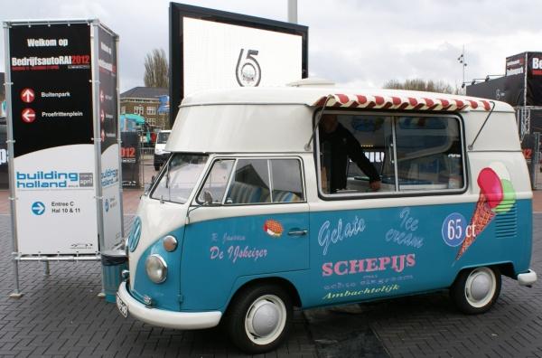 餐车、冰淇淋车是很多非官方魔改的范畴之一